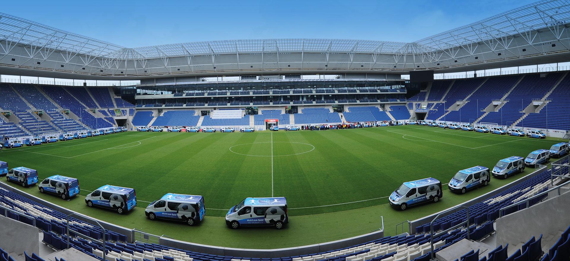 Mobil zum Spiel – Einfahrt ins Stadion