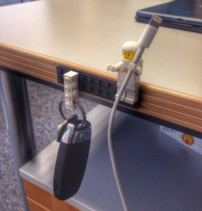 http://www.boredpanda.com/alternative-creative-ways-to-use-lego